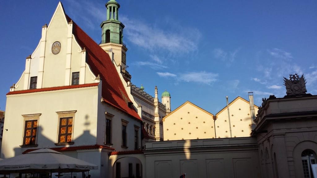 ポーランド観光poznanrynekポズナン旧市街市庁舎広場