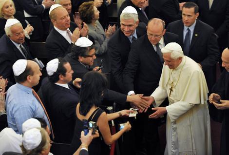 pope-ratzinger-jews5