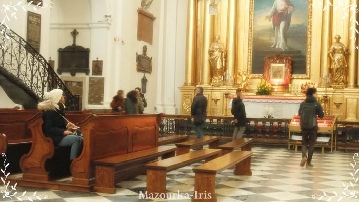 ワルシャワ観光旧市街ガイド聖十字架教会