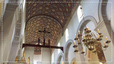 ワルシャワ観光おすすめショパン生家聖ロフ教会