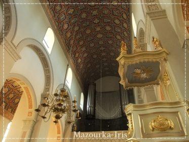 ワルシャワ観光おすすめショパン生家ジェラゾヴァヴォラブロフフ聖ロフ教会