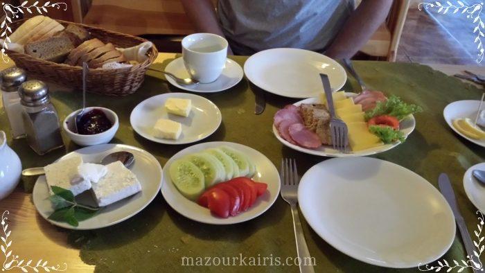 ビャウォヴィエジャの森ホテル朝食
