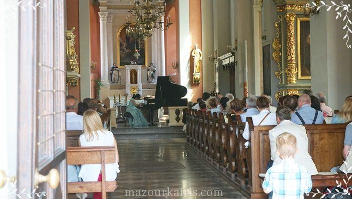 ショパン生家ジェラゾヴァヴォラ聖ロフ教会ブロフフ